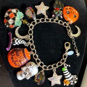 NIB Kirks Folly Halloween Charm Bracelet Silver Tone RARE